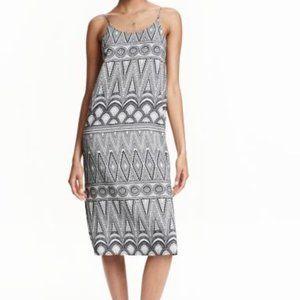 H&M Blue & White Geometric Sleeveless Midi Dress